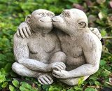 ONEFOLD - Kissing Monkeys Garden Ornament Monkey Statue/Home Patio Conservatory Decor